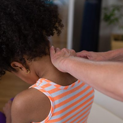 Ostéopathe verneuil sur Seine pour enfant